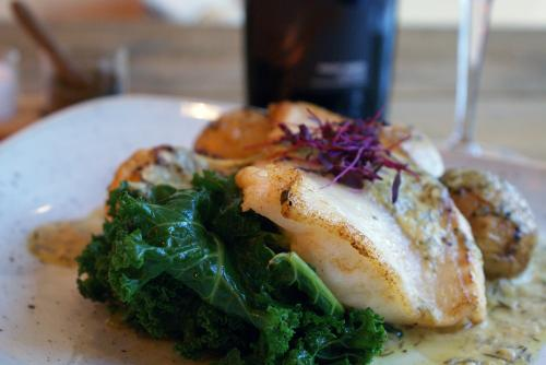fish-with-red-wine2
